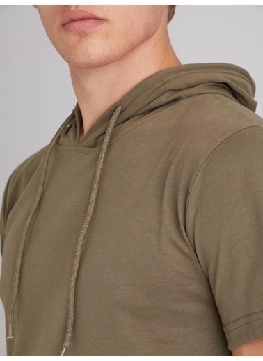 Dufy Grı Kapüşonlu Kısa Kol Pamuklu Erkek T-Shırt - Slım Fıt Haki